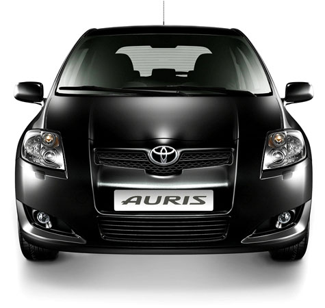 toyota_auris_12.jpg
