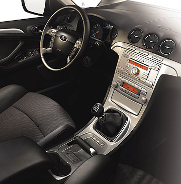 ford_s-max-interior
