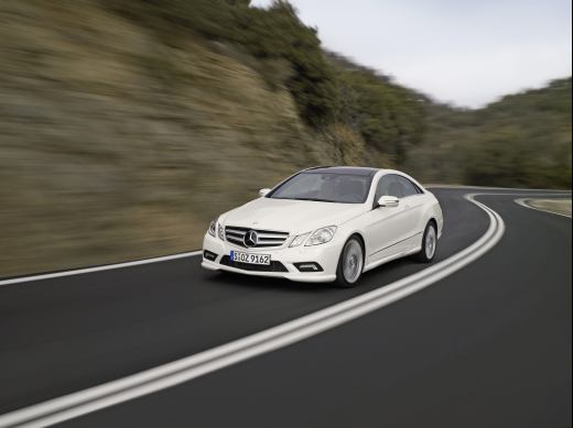 Mercedes-Benz E 350 CGI BlueEFFICIENCY Coupé-frente