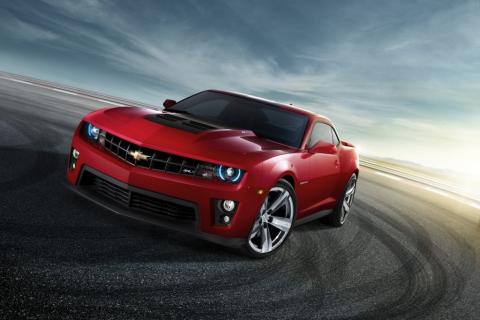 Chevrolet-Camaro-ZL1-frente