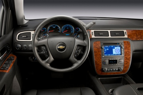 Chevrolet-Silverado-2011-interior
