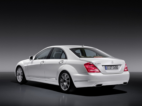 Mercedes-Benz-S400-Hybrid-lateral