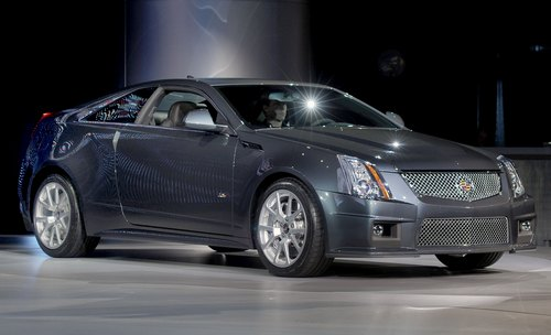 c4 2011-Cadillac-CTS-V-Coupe-0004