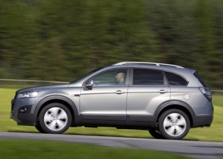 chevrolet captiva 2012-lateral